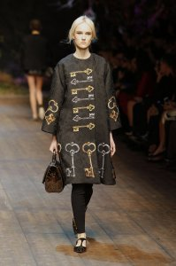 dolce-and-gabbana-fw-2014-2015-women-fashion-show-runway-07